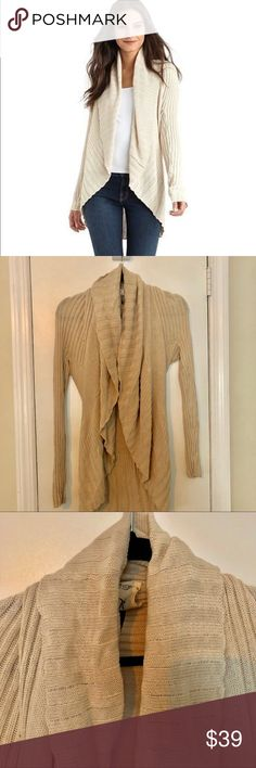 Qi Irish Cream Heather Open Front Sweater THE LOOK Ribbed shawl collar Single hook-and-eye front Long sleeves THE MATERIAL 55% cotton/40% viscose/5% wool CARE and ORIGIN Dry clean Imported Qi Sweaters Cardigans