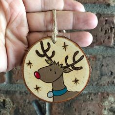 Articles similaires à Personalized Rudolph Reindeer Ornament - Wood Burned Hand Painted Christmas Holiday Ornament - Kids Ornament - Stocking Tag sur Etsy Reindeer Ornaments, Wooden Christmas Ornaments, Christmas Wood, Homemade Christmas, Christmas Decorations, Ornaments Ideas, Kids Ornament, Christmas Holiday, Homemade Ornaments