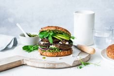 What is the Paleo Diet? What is the Paleo Lifestyle? Pizza Buns, Tasty, Yummy Food, Health And Wellbeing, Paleo Diet, Salmon Burgers, Food Print, Food To Make, Lifestyle