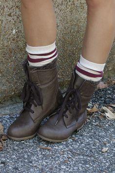 These are so adorable paired with the maroon varsity socks!!! #amazinglace #ALbabes amazinglace.com