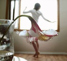 Forced Perspective Photography (Trick Photography): Petal Skirts