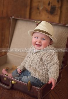 6 month old baby D, full of giggles! Rhode Island baby portrait photographer. » Heidi Hope Photography