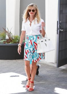 Reese Witherspoon Photos: Reese Witherspoon Visits Her Office with Deacon
