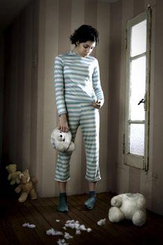 situations | Manuel Archain #woman #teddies #unehead #manuelarchain #photo