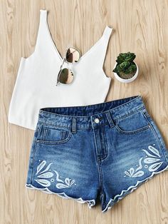 Shop Bleach Wash Eyelet Embroidered Denim Shorts online. SheIn offers Bleach Wash Eyelet Embroidered Denim Shorts & more to fit your fashionable needs. #Shorts