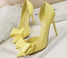 2b752e7679be Sexy Bowtie Cut Out Women Pointed Toe Thin Heel Shoes
