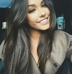 Find images and videos about beauty, smile and madison beer on We Heart It - the app to get lost in what you love. Beauty Makeup, Hair Makeup, Hair Beauty, Estilo Madison Beer, Brunette Beauty, Looks Style, About Hair, Dark Hair, Brown Hair