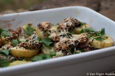 eekhoorntjesbrood met aardappelen in de oven