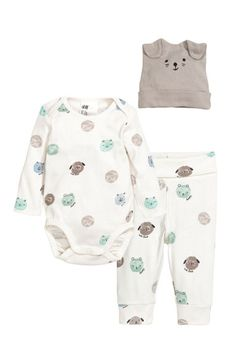 H & M - Jersey Set - Natural white/teddy bears - Kids Carters Baby Clothes, Preemie Clothes, Cool Baby Clothes, Fashion Kids, Little Boy Fashion, Baby Set, Baby Outfits Newborn, Baby Boy Outfits, Baby Boy Fashionista