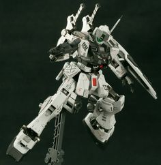 HGUC 1/144 GM Sniper II - Custom Build  by Zerg   The modeler did a fantastic job on pulling out some awesome details on this GM Sniper II! ...