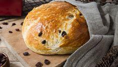 Saftig julekake - julebrød | Oppskrift | Meny.no Norwegian Food, Norwegian Recipes, No Bake Cake, Cake Recipes, Sweet Tooth, Food And Drink, Sweets, Bread, Baking