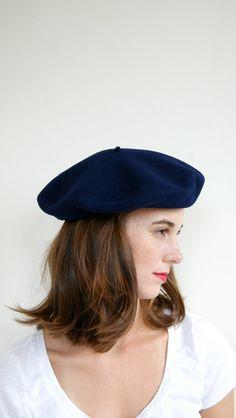 56c93cd045b63 1970s Wool Boinas Elosegui. Navy Blue. Sombreros Para