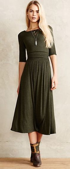 jersey midi dress #anthrofave rstyle.me/... Pinterest: @StyleDiva Midi Dresses 2017
