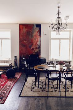 My Mom's Apartment - Alexa Dagmar Dining Room, Dining Table, Mom, Interior, House, Painting, Furniture, Lifestyle Blog, Home Decor