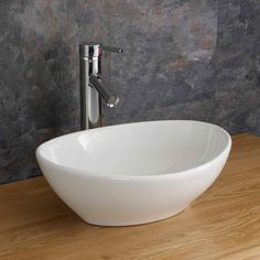 Simple and Stylish Tips Can Change Your Life: Counter Tops Diy Budget counter tops with white cabinets moldings.Counter Tops And Backsplash Stainless Steel counter tops kitchen diy. Cloakroom Basin, Bathroom Basin, Bathroom Floor Tiles, Vanity Bathroom, Countertop Basin, Basin Sink, Bathroom Countertops, Cheap Countertops, Butcher Block Countertops