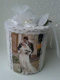 Pringles vintage wedding gift box. Cadeaudoosje gemaakt van pringles doosje voor bruiloft. Money gift.