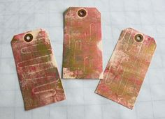Original pinner sez: I cleaned up my gelli plate with paper tags.