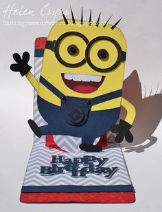 The Dining Room Drawers: Sizzix Pop 'n Cuts Minion Card!
