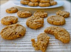 Easy 4-Ingredient Flourless Peanut Butter Cookies with 1 PointsPlus value Each