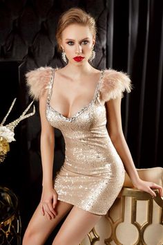 , shine like a Star, intr-o noapte deosebita! Mini Skirt Dress, Mini Skirts, Tight Dresses, Formal Dresses, Glamorous Dresses, Leather Corset, Color Plata, Frocks, Sexy Women
