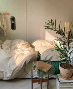 Room Ideas Bedroom, Bedroom Decor, Decor Room, Bedroom Inspo, Room Ideias, Cozy Room, Aesthetic Bedroom, Dream Rooms, My New Room