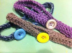 DIY crochet headband!