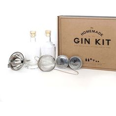 Men's Society Homemade Gin Kit ($67) ❤ liked on Polyvore featuring men's fashion, men's grooming, mens grooming and mens grooming kit