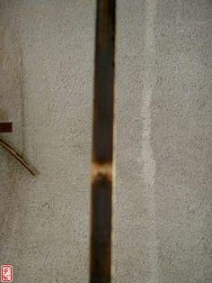 Yumi making: Phase Preparing bow parts – majikkunotecho Yumi Bow, Homemade Crossbow, Horse Bow, Archery Bows, How To Make Bows, Door Handles, Bamboo, Bow Making, Terrarium