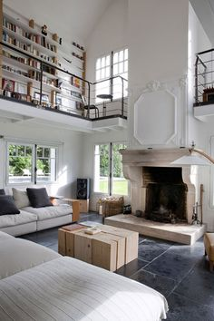 desire to inspire - desiretoinspire.net - Olivier Chabaud - double height living room wiht fireplace