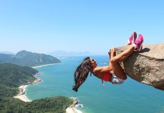 20 Most Daring Photos Taken By Most Adventurous People - bemethis Brazil Travel, Amazing Pics, Amazing People, Crazy People, Greatest Adventure, Rock Climbing, Dares, Outdoor Activities, Photos