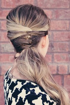 Quick Hairstyles for the Busy Mom (or just a girl who doesn't want to spend a terrible amount of time on her hair)