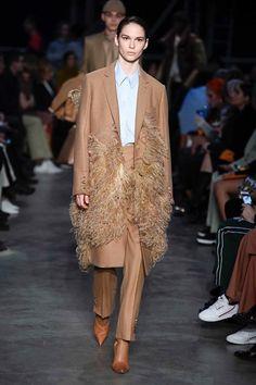 Burberry |  Autumn 2019 | #coat  #feather Fashion Week, Fashion Show, Womens Fashion, Burberry, Runway Makeup, High End Fashion, Lace Skirt, Ready To Wear, Autumn