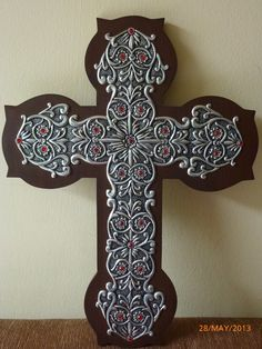 This is mounted on wood cross, but could also use leather. Pewter Art, Pewter Metal, Metal Projects, Metal Crafts, Aluminum Foil Crafts, Sign Of The Cross, Metal Embossing, Recycling, Christian Crafts