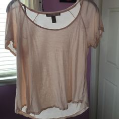 small forever 21 t-shirt light pink barley worn scoop neck t-shirt Forever 21 Tops Tees - Short Sleeve