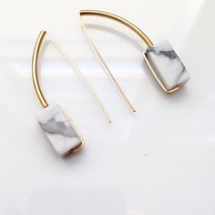 ACHILLE earrings - white marble and gold arcs