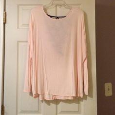 Windsor shirt Windsor long sleeve shirt. Light pink with black on back WINDSOR Tops Tees - Long Sleeve