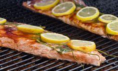 Unohda oranssit mönjät! Marinoi liha itse - 4 helppoa ja herkullista soosia   Pippuri.fi   Iltalehti.fi Lemon Slice, Recipe Images, Grill Pan, Barbecue, Chili, Salmon, Fish, Dinner, Koti