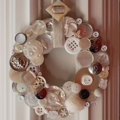 Another wreath to make.  I love how they use the buckle on the ribbon