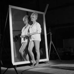 BB- very young - Brigitte Bardot Photo - Fanpop Bridgitte Bardot, Photography Movies, Killer Legs, French Beauty, Classic Beauty, Portraits, The Bikini, Sexy Feet, Movie Stars