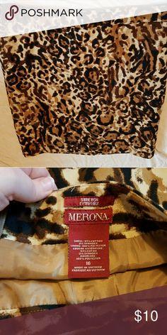 Gorgeous leopard print skirt Never worn, excellent condition Merona Skirts Pencil