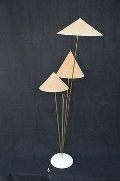 Nikoll Stehlampe Chinesen Hüte Vintage Kalmar Chinese Hat, € 1.909,- (9020 Klagenfurt) - willhaben Klagenfurt, Chinese Hat, Blitz, Incense, Vintage, Lighting, Home Decor, Kalmar, Black Backgrounds