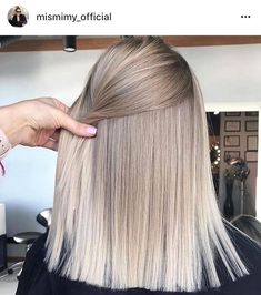 hair blonde fringe waves ideas Super hair blonde fringe waves ideasSuper hair blonde fringe waves ideas Amazing Blends Of Balayage Hair Colors for Women in 2019 Hairstyles With Bangs, Cool Hairstyles, Hairstyle Ideas, Blonde Haircuts, Long Blonde Hairstyles, 1940s Hairstyles, Female Hairstyles, Fashion Hairstyles, Updo Hairstyle