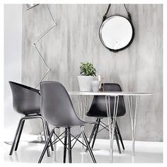 Via Forever Love Blog | Diningroom | Eames | HAY Mirror