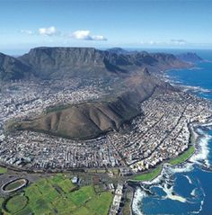 Cape Town, South Africa- I've also been here and it was one of the most beautiful cities I've ever seen. Places To Travel, Places To See, Places Around The World, Around The Worlds, Le Cap, Cape Town South Africa, Belle Villa, Out Of Africa, Most Beautiful Cities