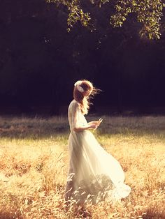 whistleharpsandpennywhistles:  ○◈○ Fairytale Blog ○◈○