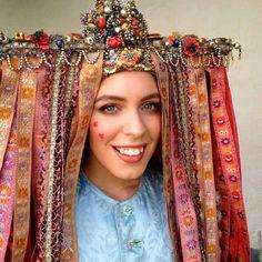 Bridal headwear from village Veľký Lom, Novohrad, Slovakia Europe Fashion, Women's Fashion, Central And Eastern Europe, Tribal Dress, Ethnic Outfits, Wedding Costumes, Folk Costume, Festival Wear, Headgear