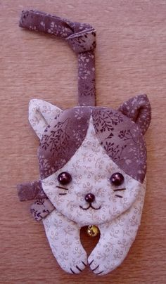 Quilting Projects, Sewing Projects, Sewing Appliques, Felt Animals, Cat Toys, Pot Holders, Creations, Patches, Cross Stitch