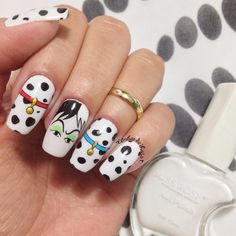 These Disney Nail Art Ideas Will Inspire Your Next Magical Manicure - Nails - halloween nails Funky Nail Art, Funky Nails, Nail Art Diy, Disney Acrylic Nails, Halloween Acrylic Nails, Disney Nails Art, Girls Nail Designs, Diy Nail Designs, Nail Manicure