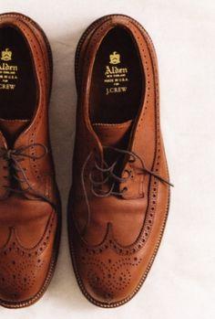 Alden Longwings Cognac
