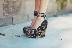 Matiko Shoes Floral Wedge